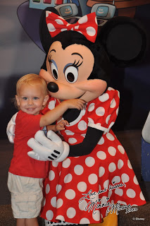 Disneyland and Walt Disney World Photo Tips with Toddlers