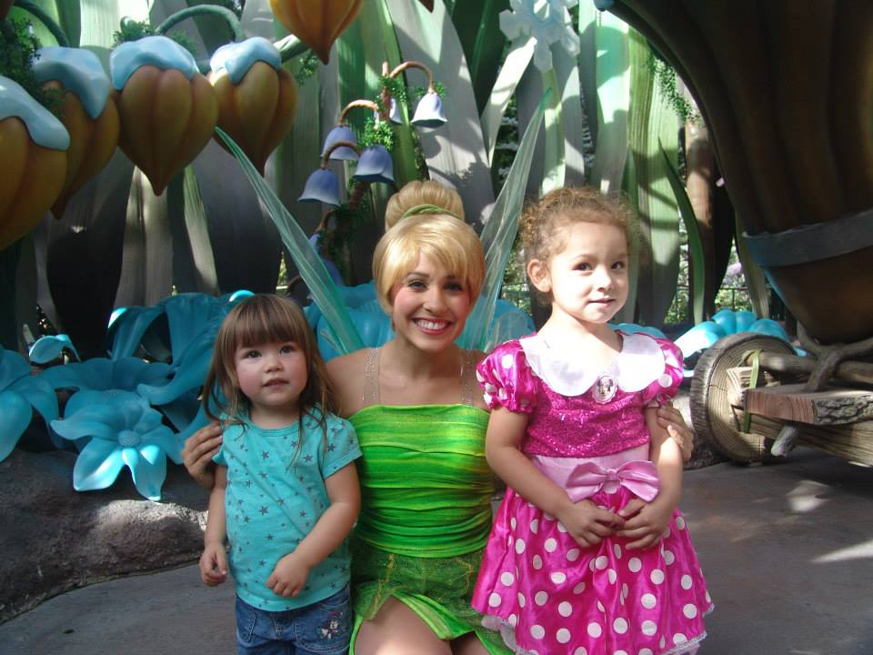 How to Prepare Your Toddler to Meet Characters at Disneyland and Disney World