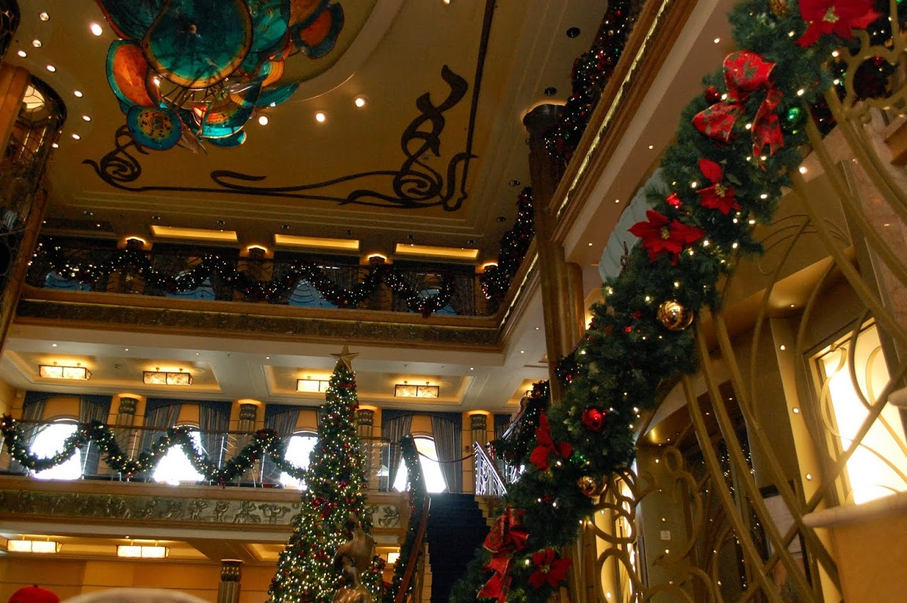 cc8 - When Do Cruise Ships Decorated For Christmas