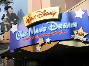 Entrance / Walt Disney - One Man's Dream