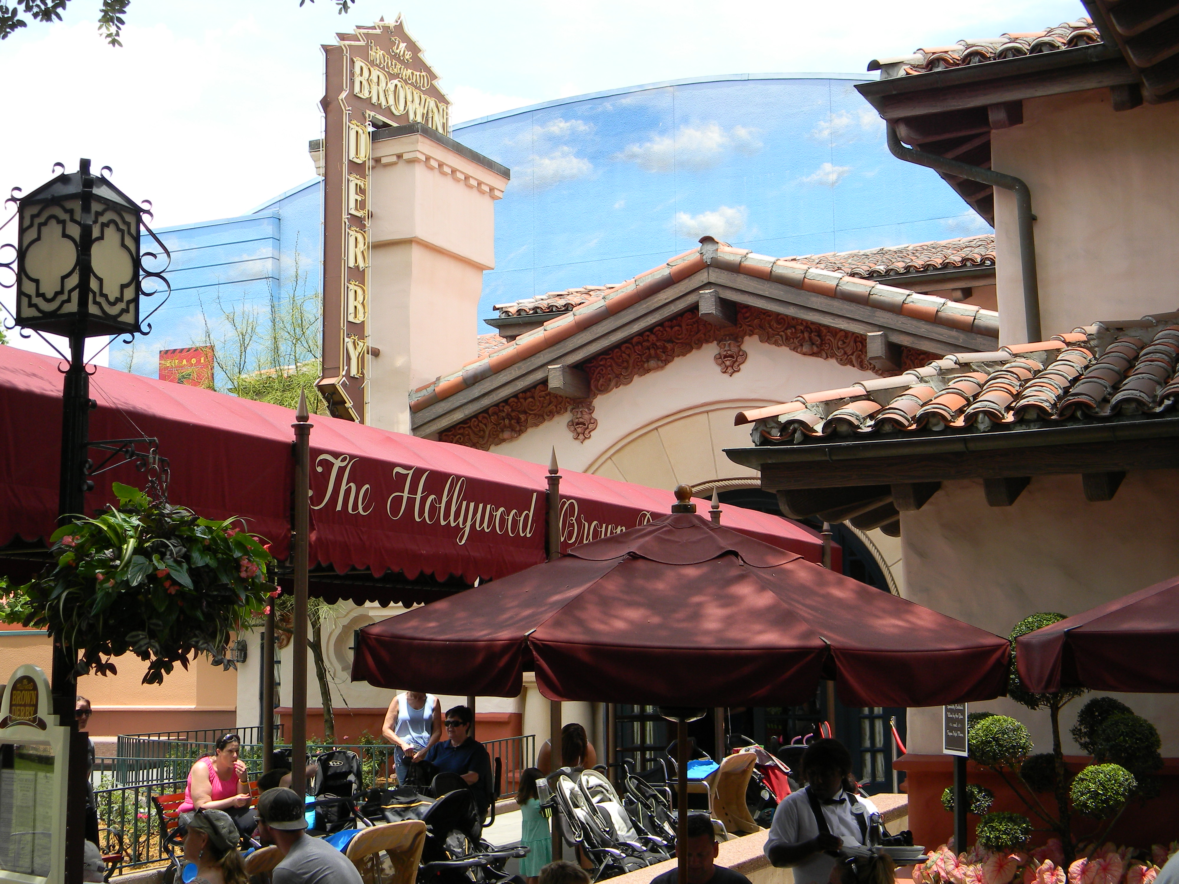Lunch at the Brown Derby in Walt Disney World's Hollywood Studios