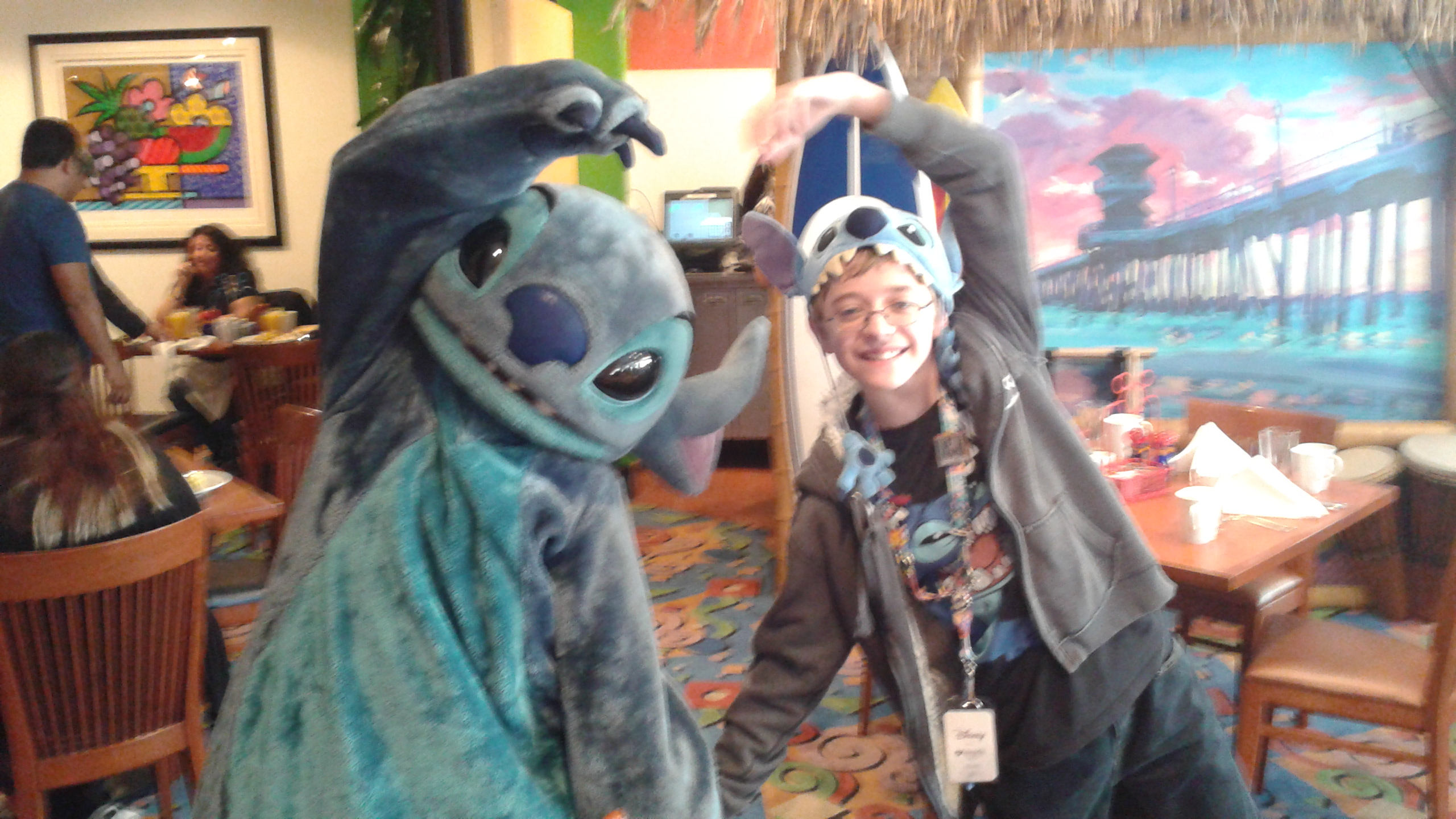Meeting Stitch at the Mickey and Friends Surf's Up Breakfast at the Disneyland Resort