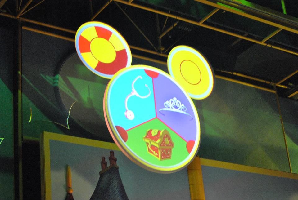 Disney Junior Mickey Mouse Clubhouse Cast House Design