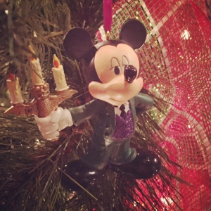 RM-Haunted-Mansion-Mickey