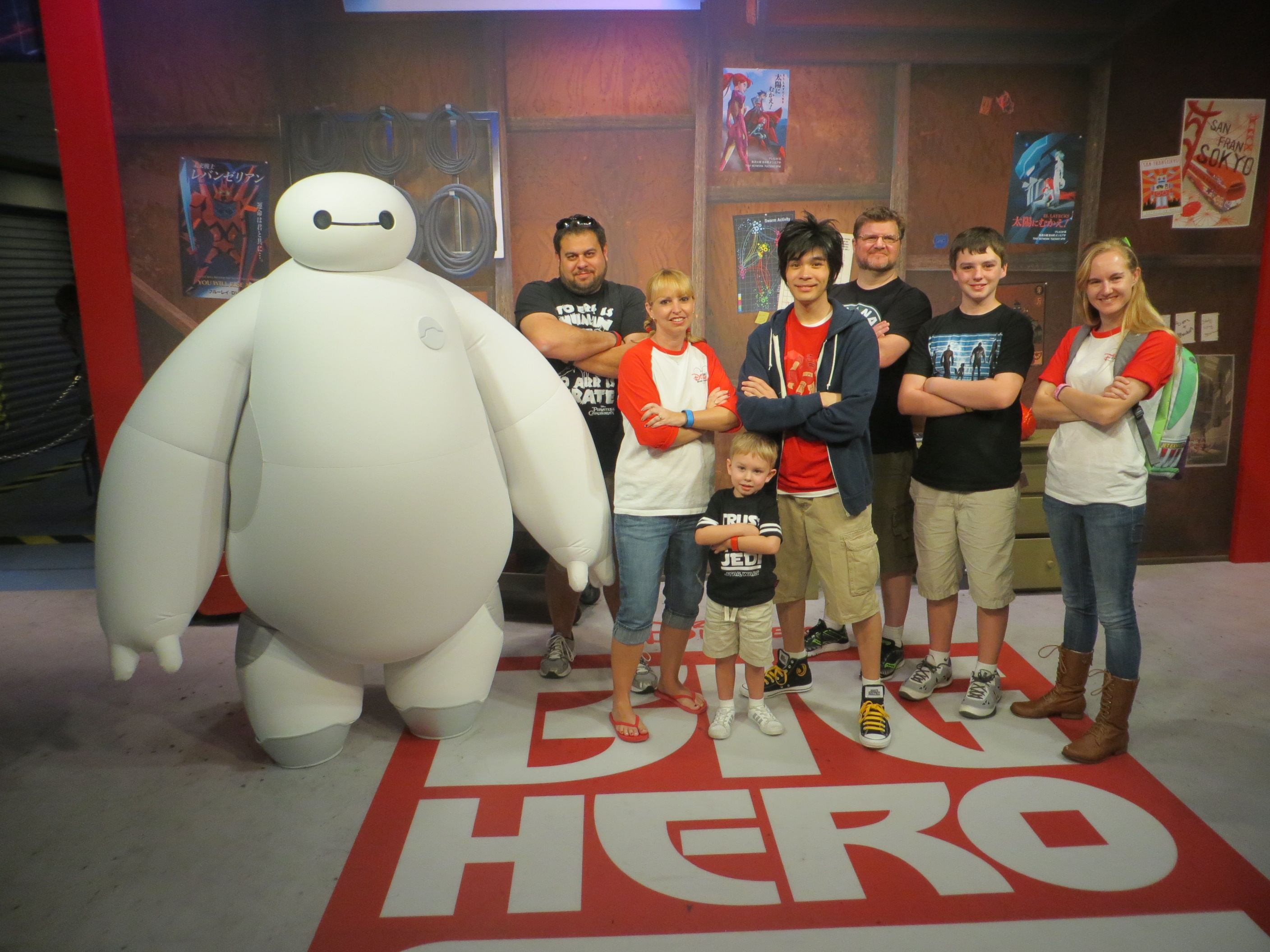 hiro and baymax meet greet disneyland