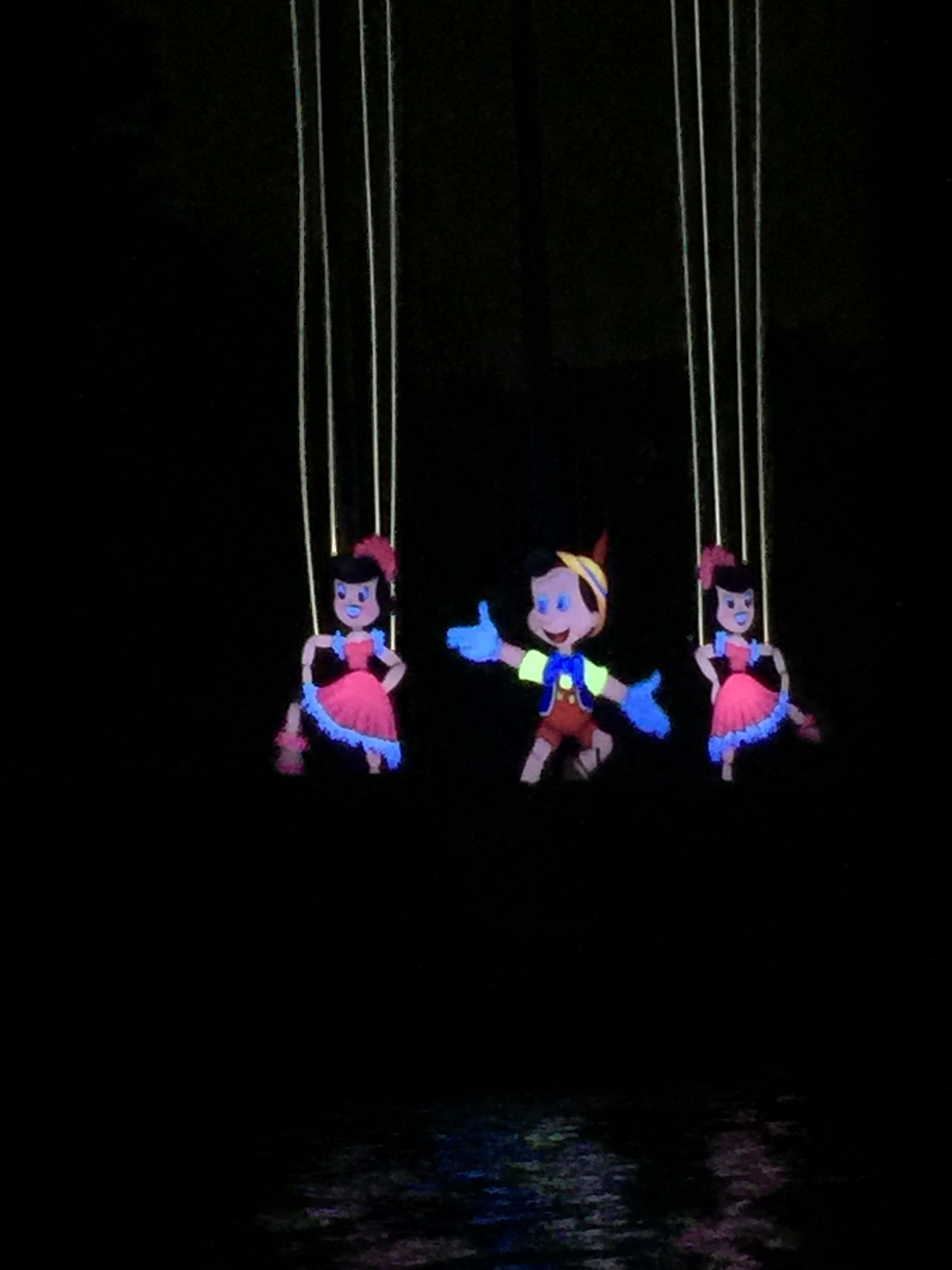 Disneyland Fantasmic Dining Review at River Belle Terrace