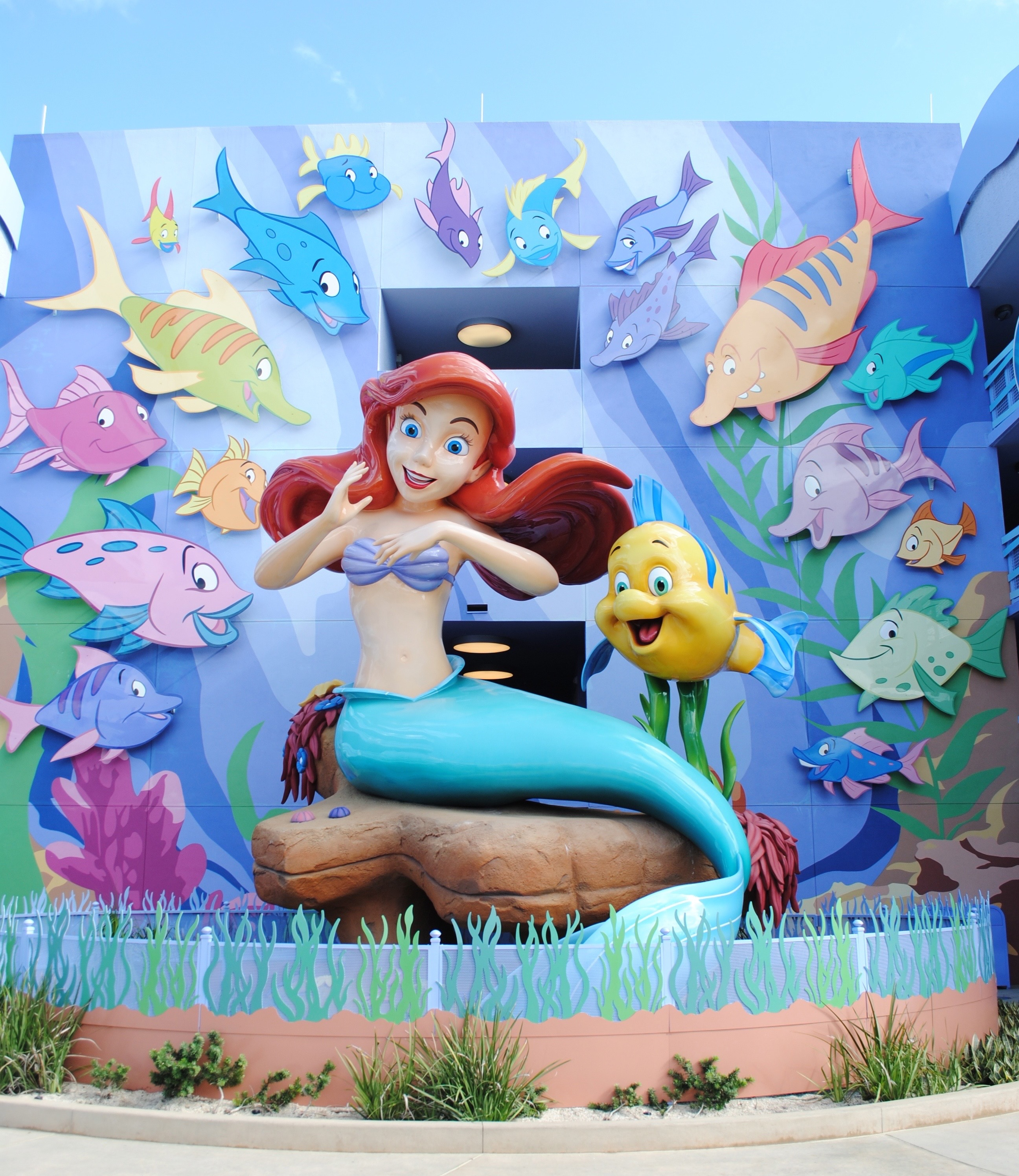 Walt Disney World Resort Art of Animation Review: The Little Mermaid Room