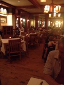 RM-Yachtsman-Dining-Room