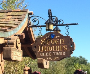 7 Dwarves Mine Train