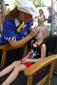 2012 Sept face painting in chair