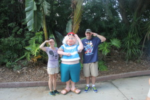 Soarin' Diva and her Devo with Mr. Smee