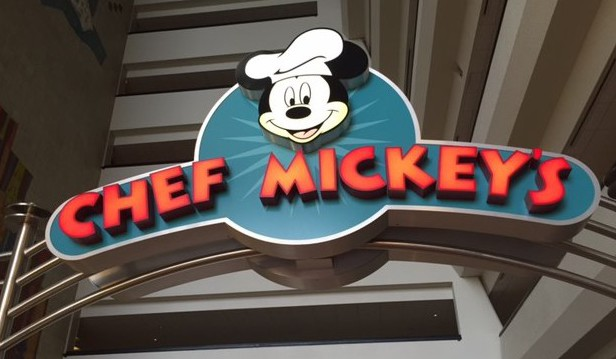 Our Disney Tradition – Dining with Chef Mickey
