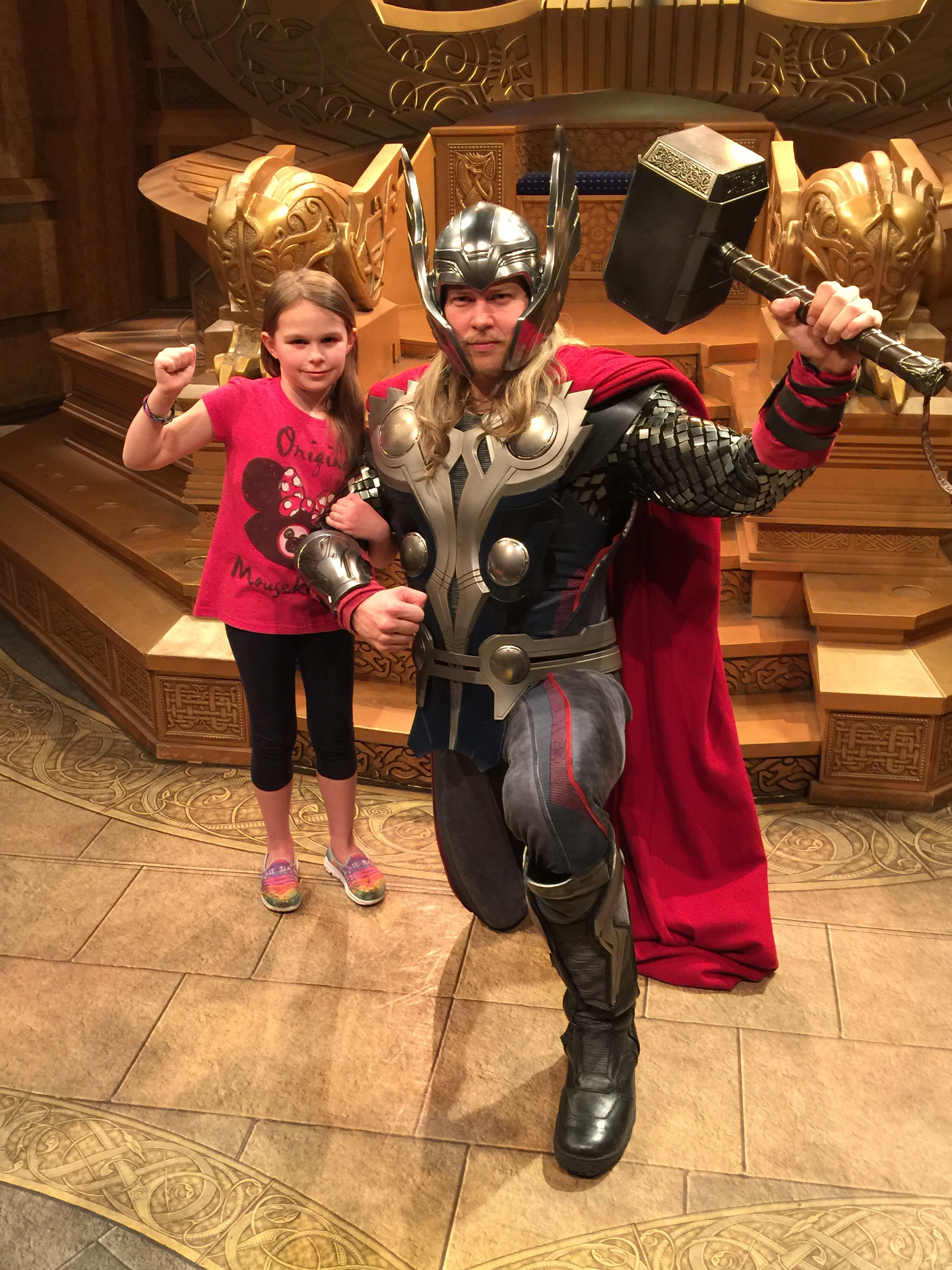 Disneyland thor meet and greet tips from the disney divas and devos disneyland thor meet and greet m4hsunfo