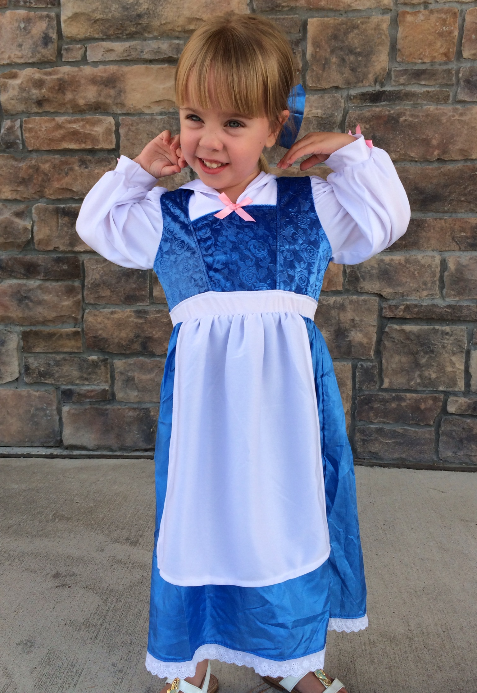Disney Halloween Costumes To Theme Or Not To Theme Tips