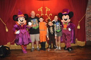 Mickey & Minnie in Halloween costumes