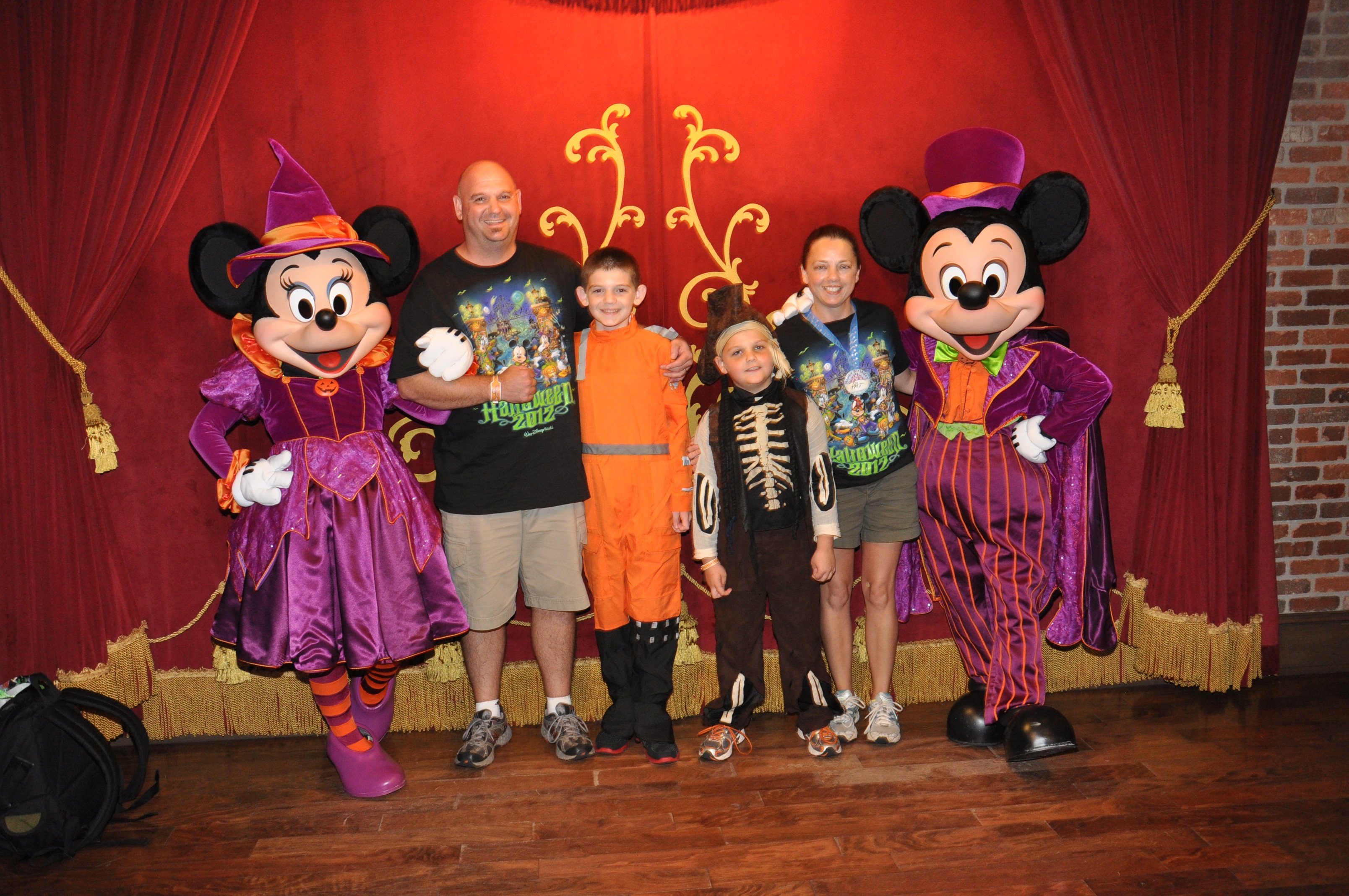 Join the Divas/Devos for a Halloween Photo Contest and a Chance to Win a Disney Gift Card!