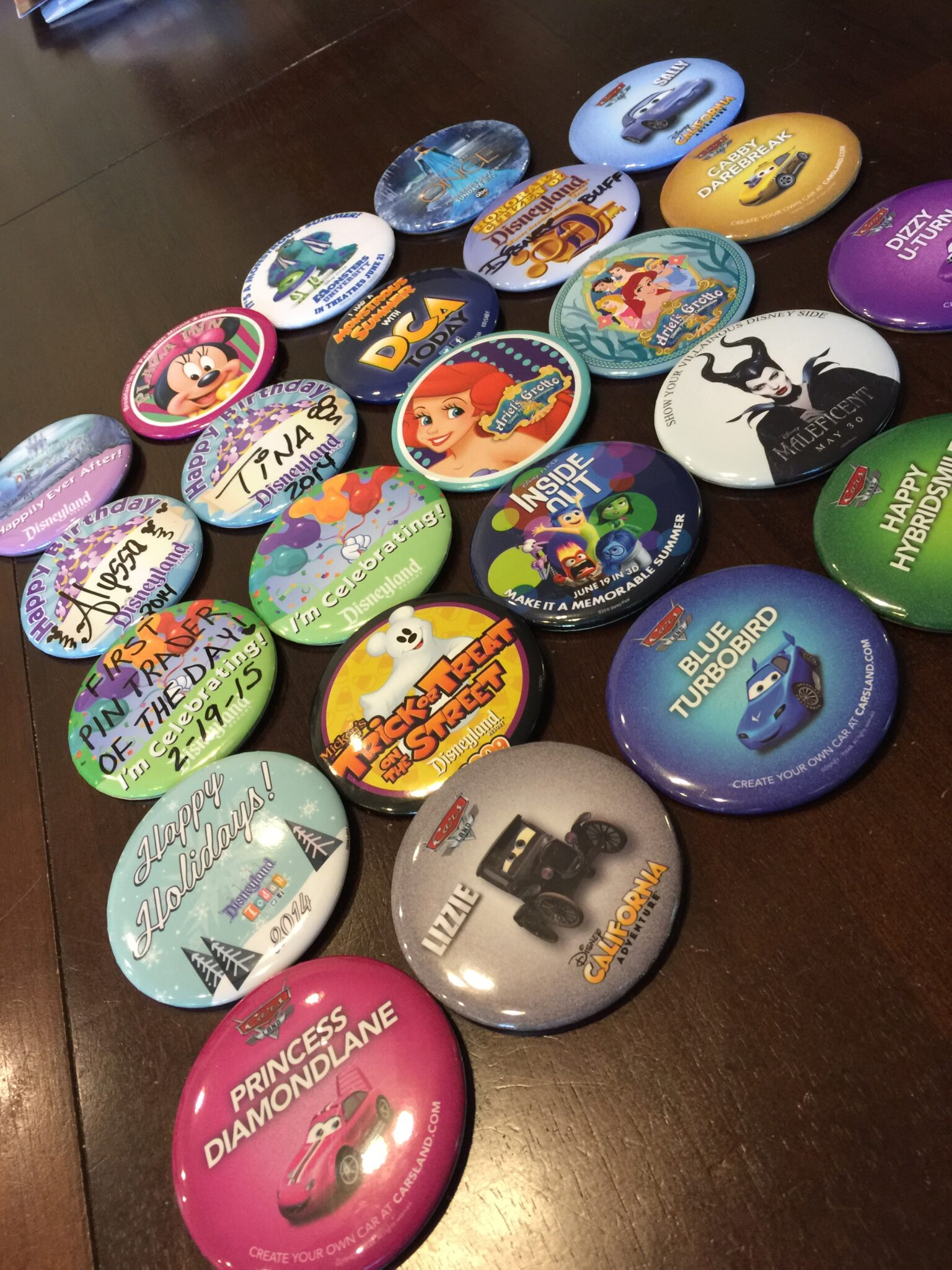10 Free Souvenirs at Disneyland and DCA