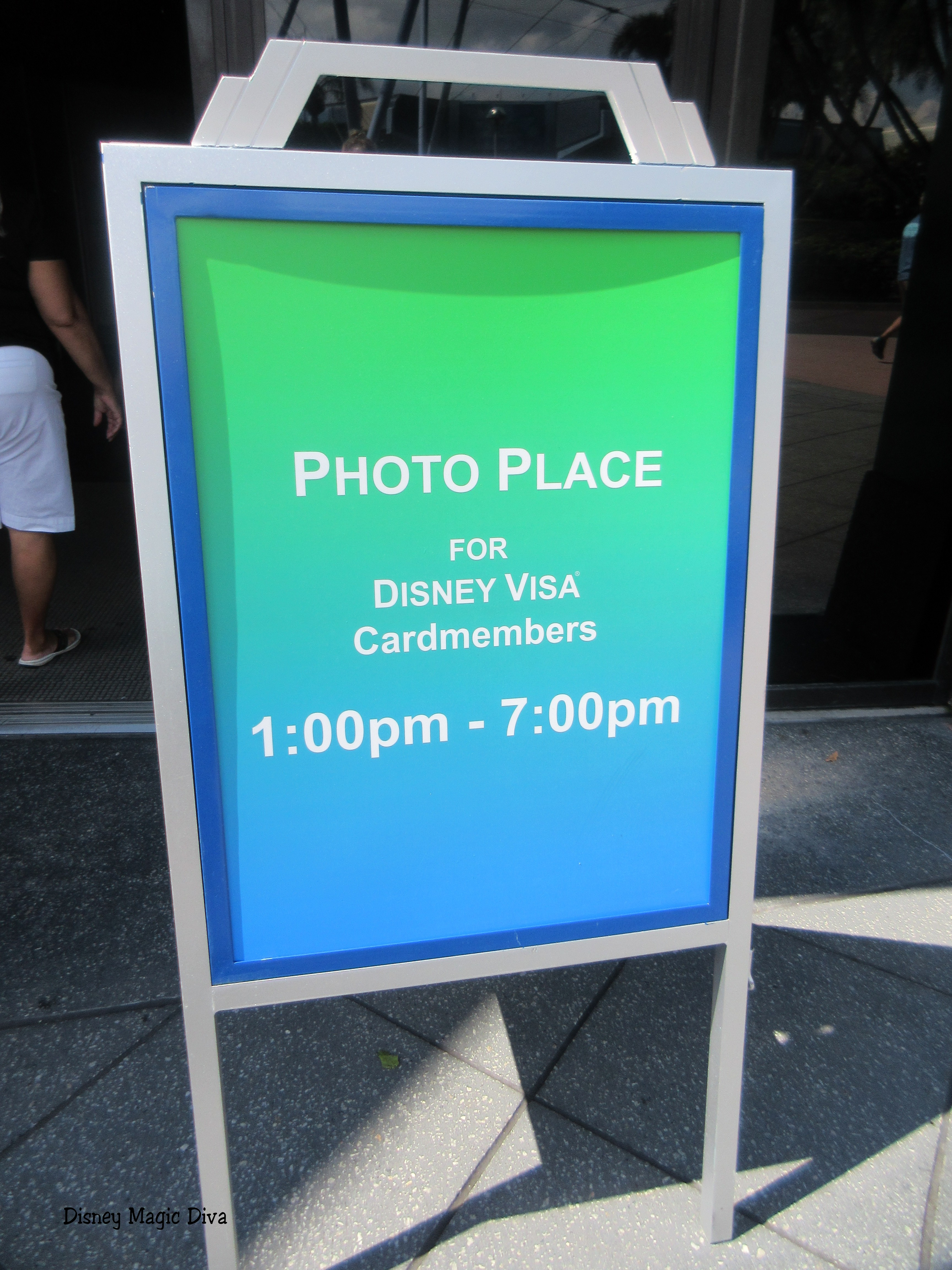 disney visa meet and greet epcot times