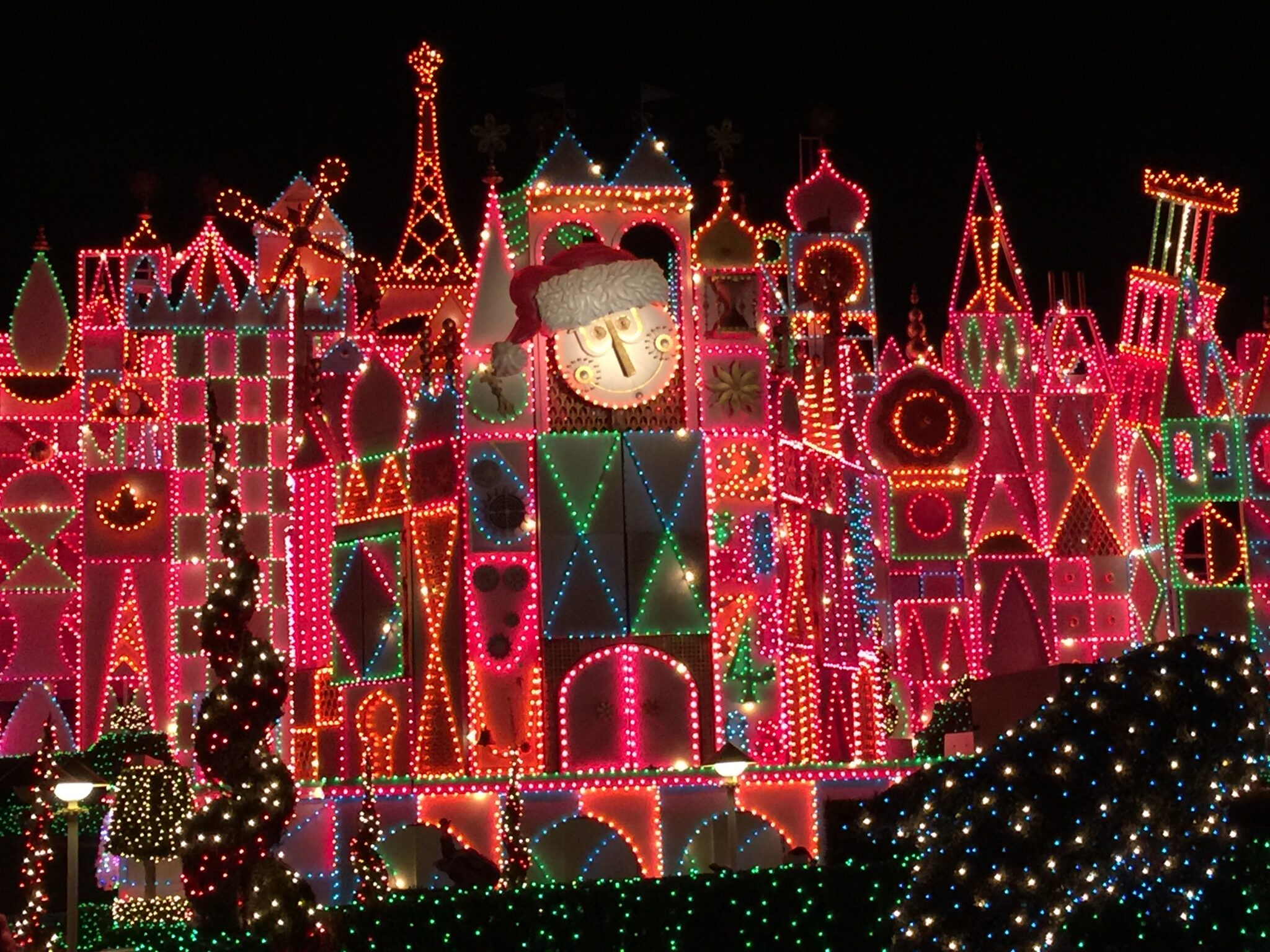 its a small world holiday after all christmastime at disneyland