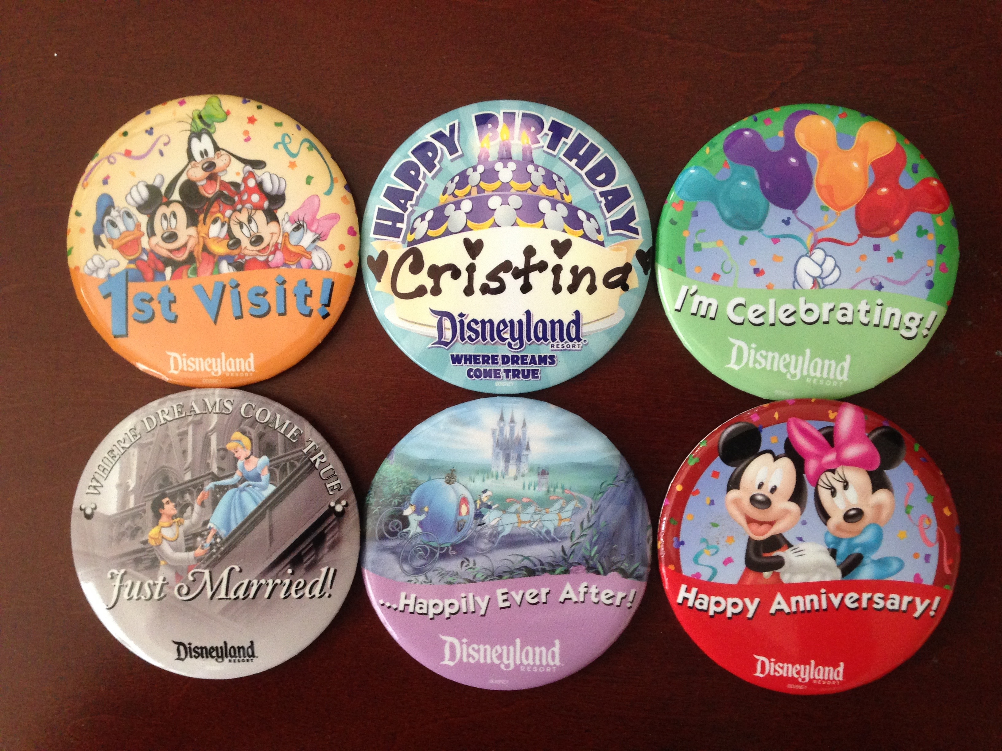 Free Souvenirs at The Disneyland Resort