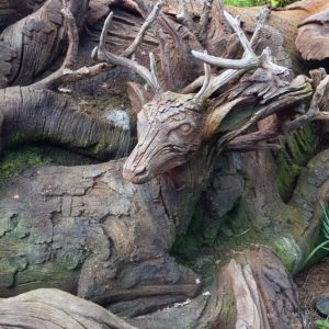 animal-kingdom-animal-carvings