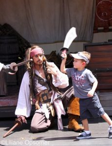 captain-jack-sparrow-pirate-tutorial-disney-magic-kingdom1