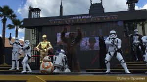 star-wars-a-galaxy-far-far-away-show-dhs5