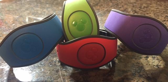 A Closer Look at the MagicBand 2!