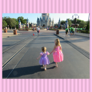 Tips for capturing those perfect Disney World shots... without anyone else in them!