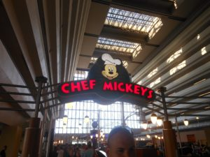 Quick or table service dining? Tips for picking the perfect meal at Walt Disney World.