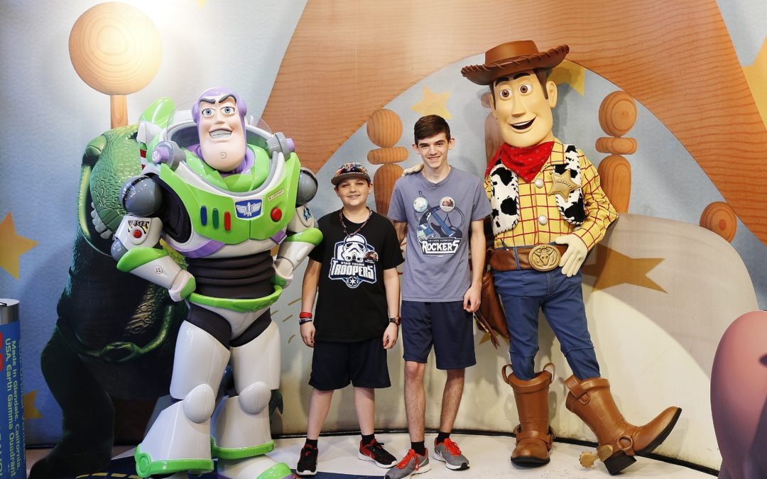 Getting Your Teens To Meet Characters At Walt Disney World