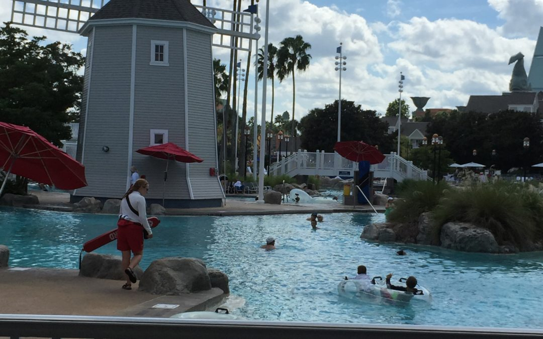 A Mom's tips on relaxing, ALONE while in Disney World.