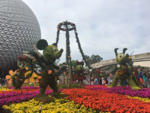 EPCOT Flower and Garden Festival, Topiaries, Mickey Minnie, Pluto