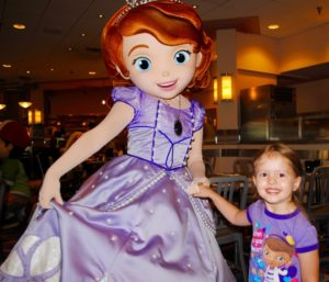 How to eat breakfast with Disney Junior Characters at Walt Disney World