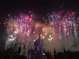 4th of July Fireworks / Celebrating America at Magic Kingdom: A 4th of July Fireworks Spectacular!