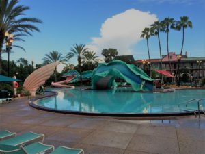 Port Orleans French Quarter resort pool / 5 Reasons Why I'll Never Stay Off Disney Property Again