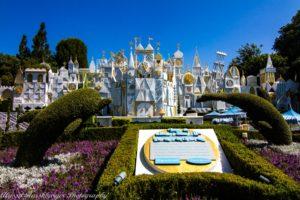 Disneyland Bucket List / Its A Small World Attraction