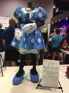 D23 Expo 2017: Celebrating Minnie at the Honda Booth