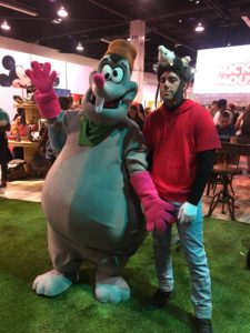 Top 23 Costumes at the 2017 D23 Expo / Goofy Movie / Lester the Possum / Max
