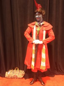 Top 23 Costumes at the 2017 D23 Expo / Mary Poppins / Yondu / Guardians of the Galaxy
