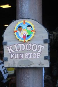 Vacation while on a Disney Vacation / Kid Cot Fun Stop / EPCOT