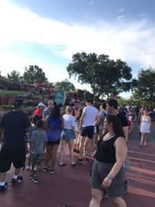 what to do while you wait in line / Back of the Line?- What To Do While You Wait!