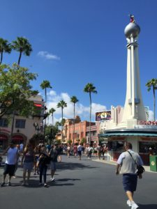 Attending a Disney Park? Here's How to Build Your Family's Special Plan! / Hollywood Studios