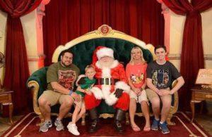 Dopey Diva Santa
