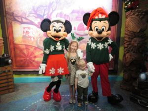 AK Mickey Minnie