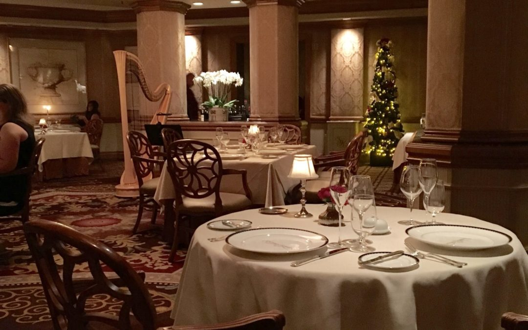 Disney Resort Dining: A Meal Fit For A Queen!