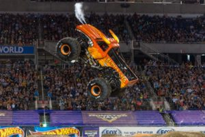 Monster Jam Triple Threat Series Review