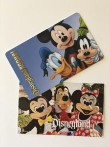 Disneyland Annual Pass and Park Hopper 2017
