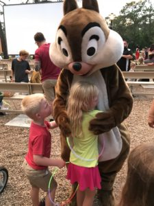 Chip n' Dale's Campfire Sing-a-long