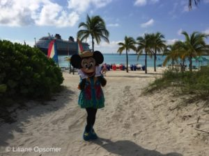 Disney Cruise Line, Disney Cruise, Cruise, Cruise life, Travel Guide, Port Canaveral, Disney World, Disneyland, the Unofficial Guide, Cruise Vacation, Giveaway, Review, Family Vacation, Len Testa, Erin Foster, Castaway Cay, MInnie Mouse, Disney Characters, Character Meet and Greet